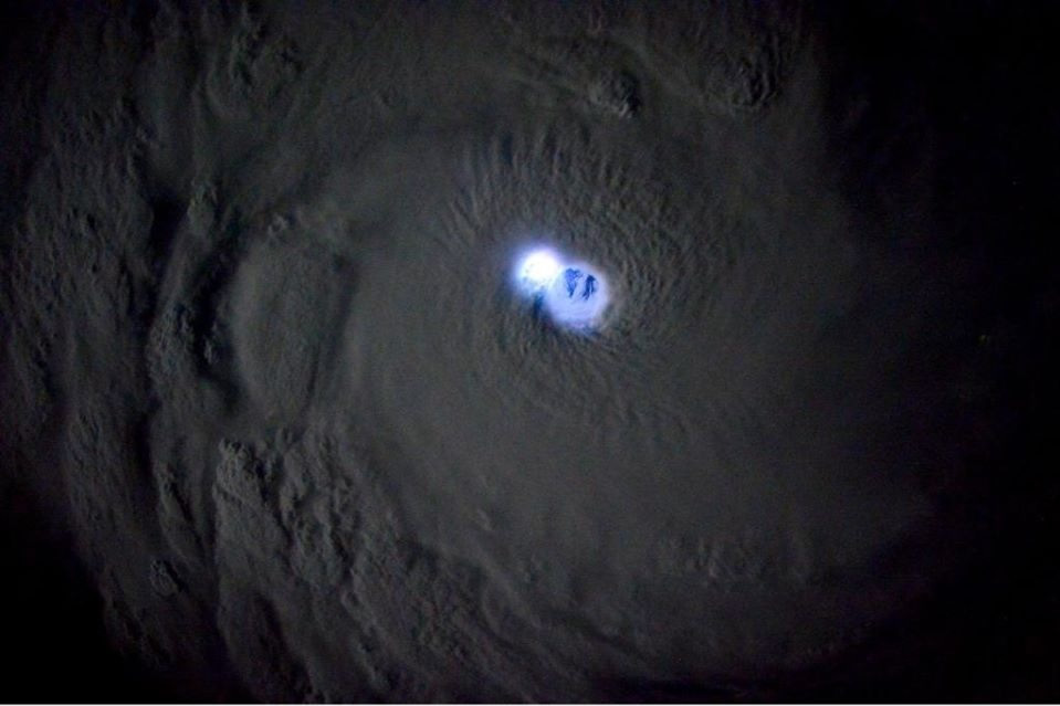 Tropical Cyclone Bansi pic taking by Samantha Cristoforetti (photo)